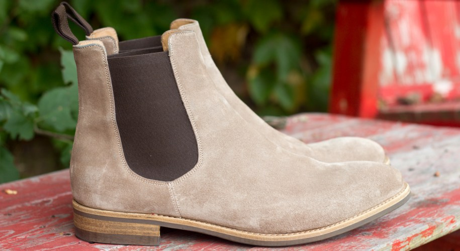 Courtley & Sons Chelsea in Sand Suede
