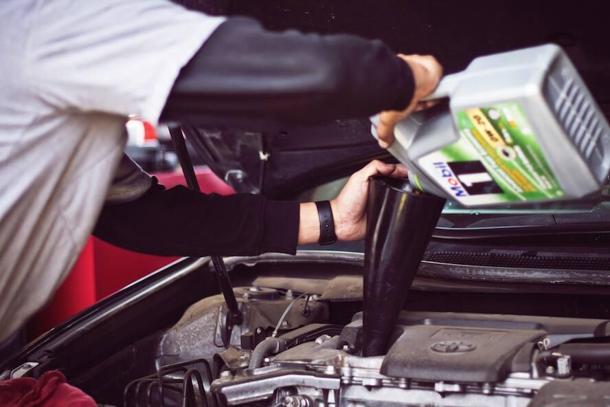 Here\u0027s Your Basic Car Maintenance Schedule Advance Auto Parts