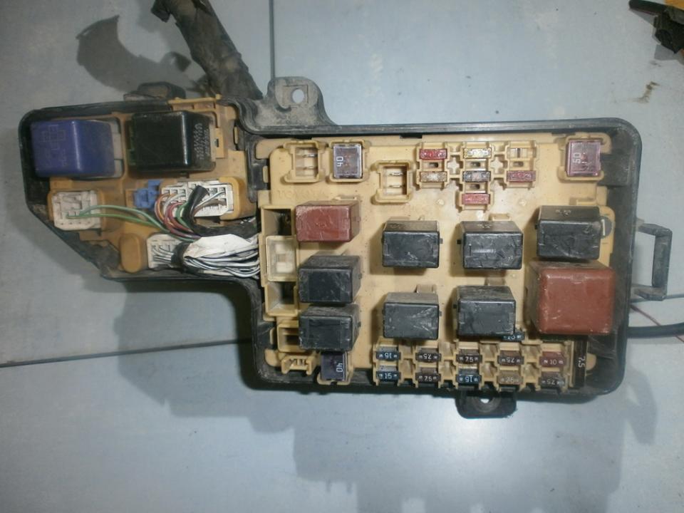 Fuse box Toyota Celica 2000 20L 29EUR EIS00020933 Used parts Shop