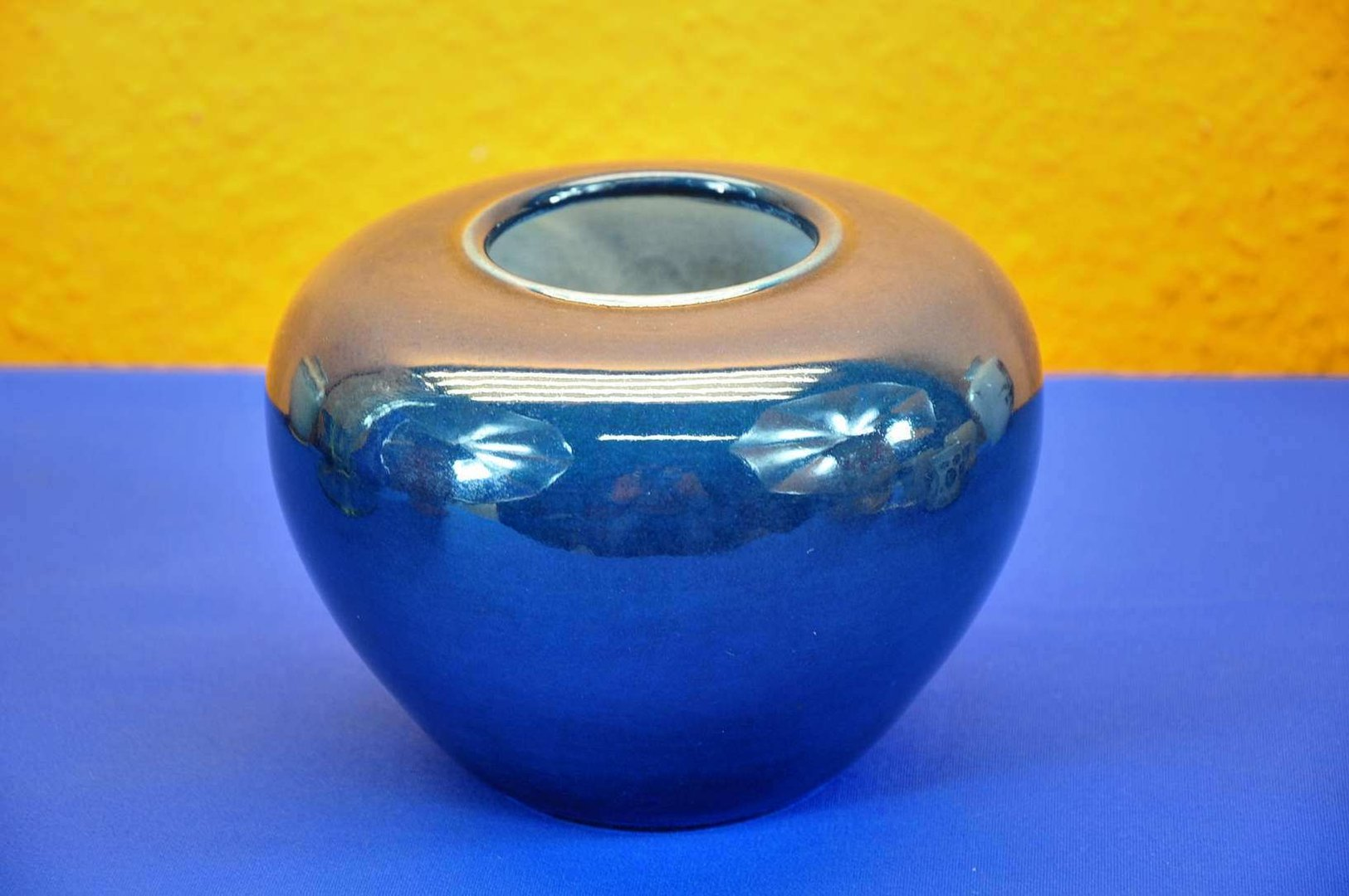 Formano Online Shop Ceramic Vase Formano J L K Ball Vase In Blue