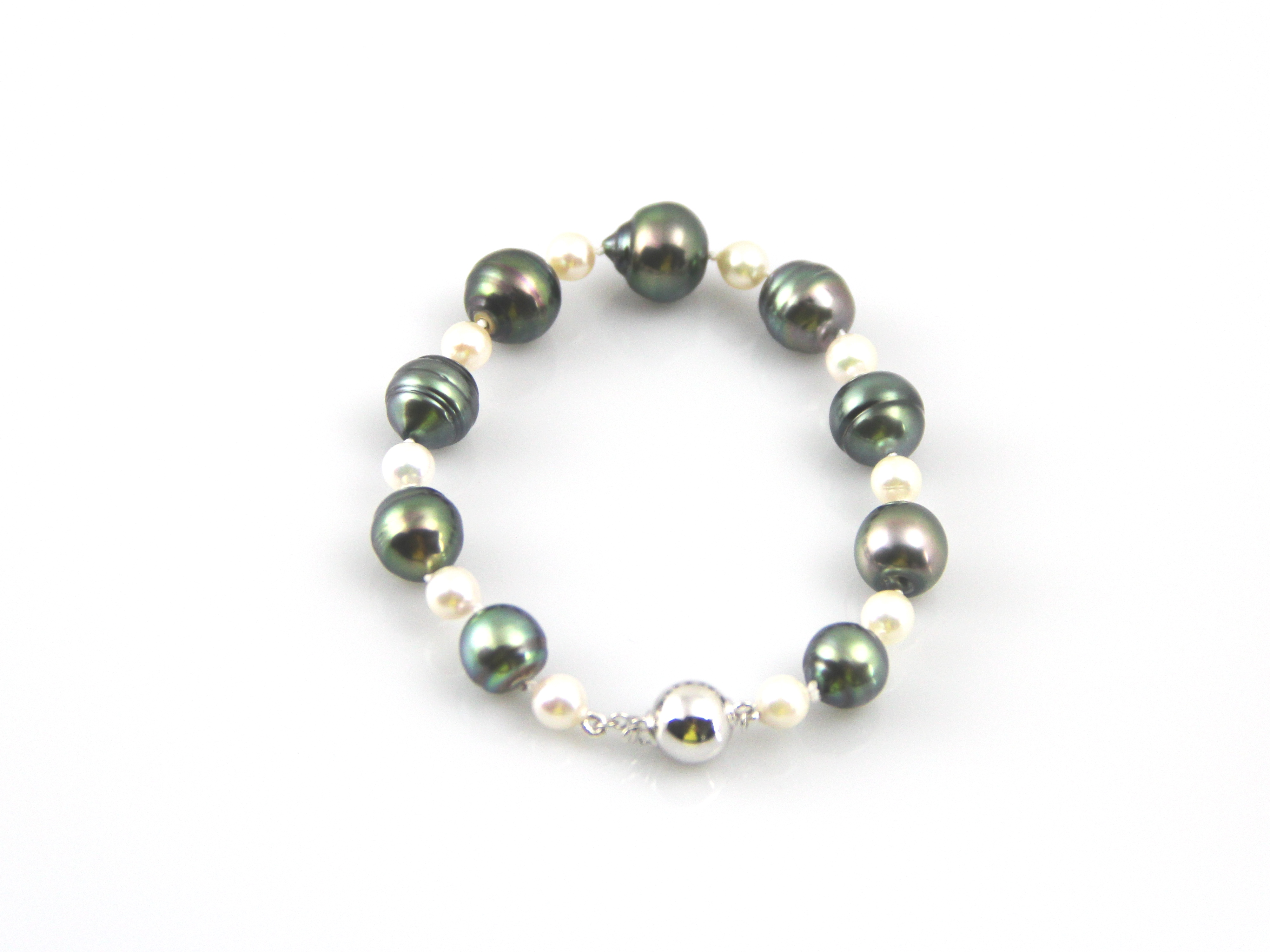 Pearl Bracelet With Akoya Pearls And Tahitian Pearls