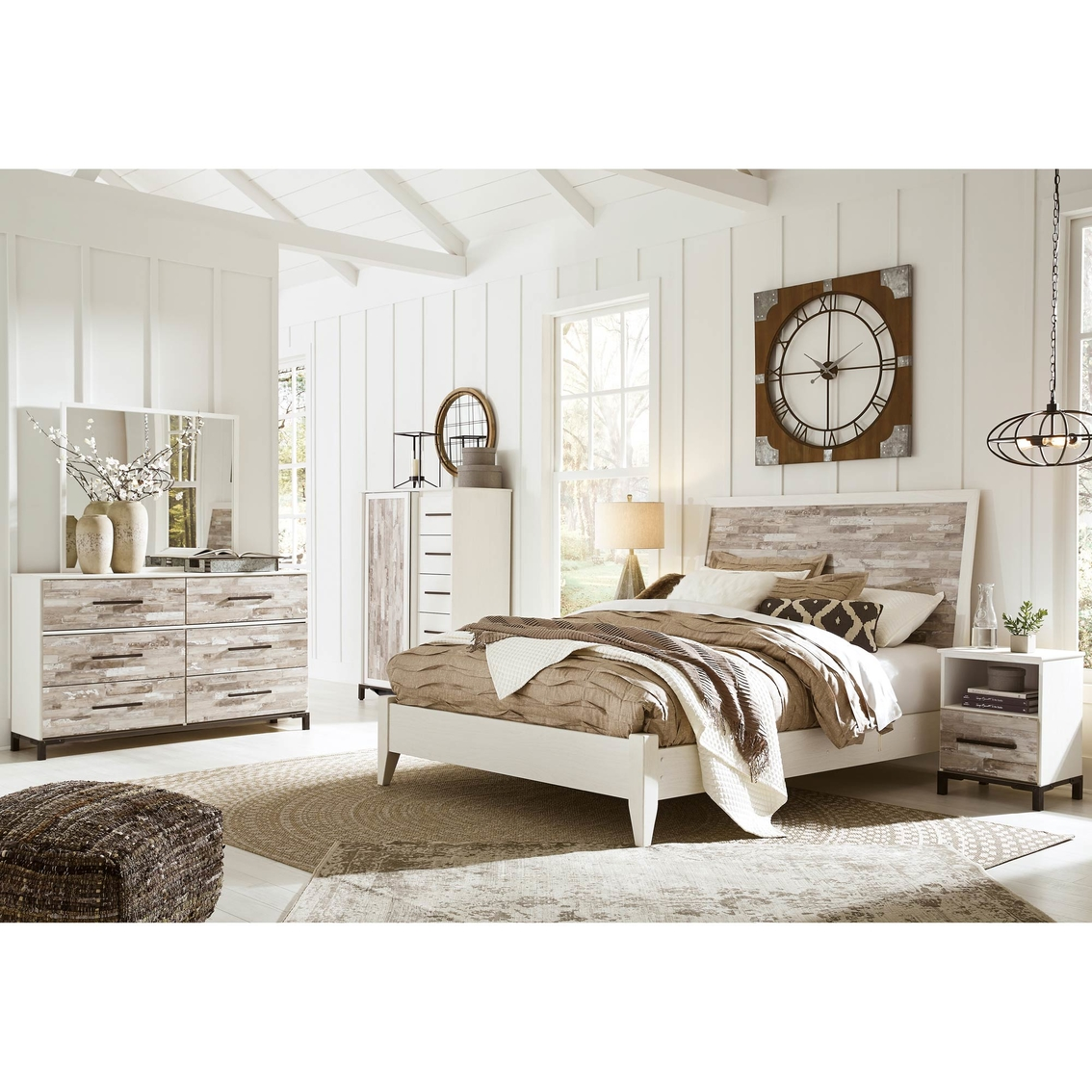 Dressing A Bed Signature Design By Ashley Evanni Panel Bed 5 Pc Set With