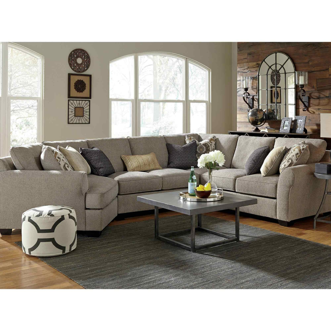 Couches 4 Benchcraft Pantomine 4 Pc Sectional Laf Cuddler Wedge Armless And