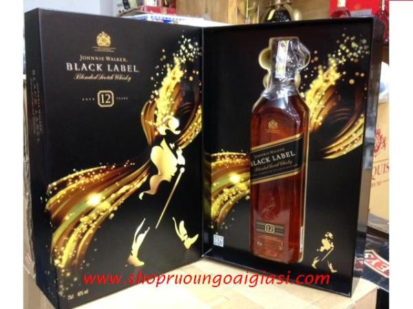 Rượu Johnnie Walker Black gift box 2015