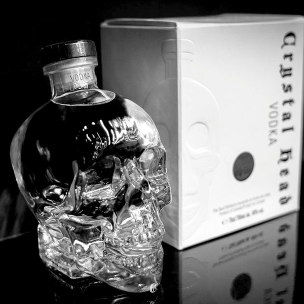 Rượu Vodka Crystal Head 1750ml