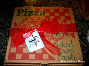 Edible Gifts: Chocolate Pizza (Review)