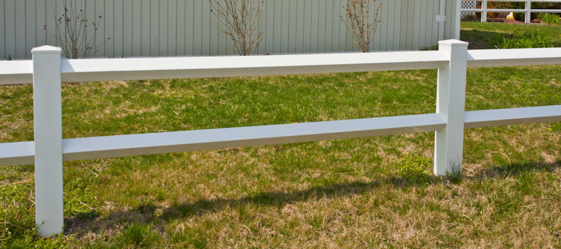Rail diamond vinyl fence shoreline systems