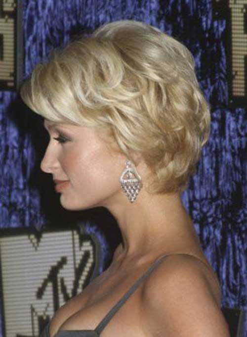 Pixie Cuts With Wavy Hair 25 Short Hair For Women Over 60 Short Hairstyles 2017
