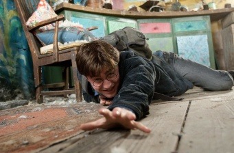 New stills from 'Harry Potter and the Deathly Hallows: Part 1'!