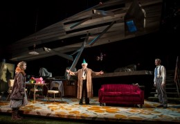 Catherine-Combs-Mike-Nussbaum-and-Guy-Massey-in-Smokefall-Goodman-Theatre