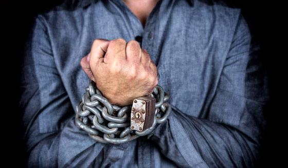 chains-slave