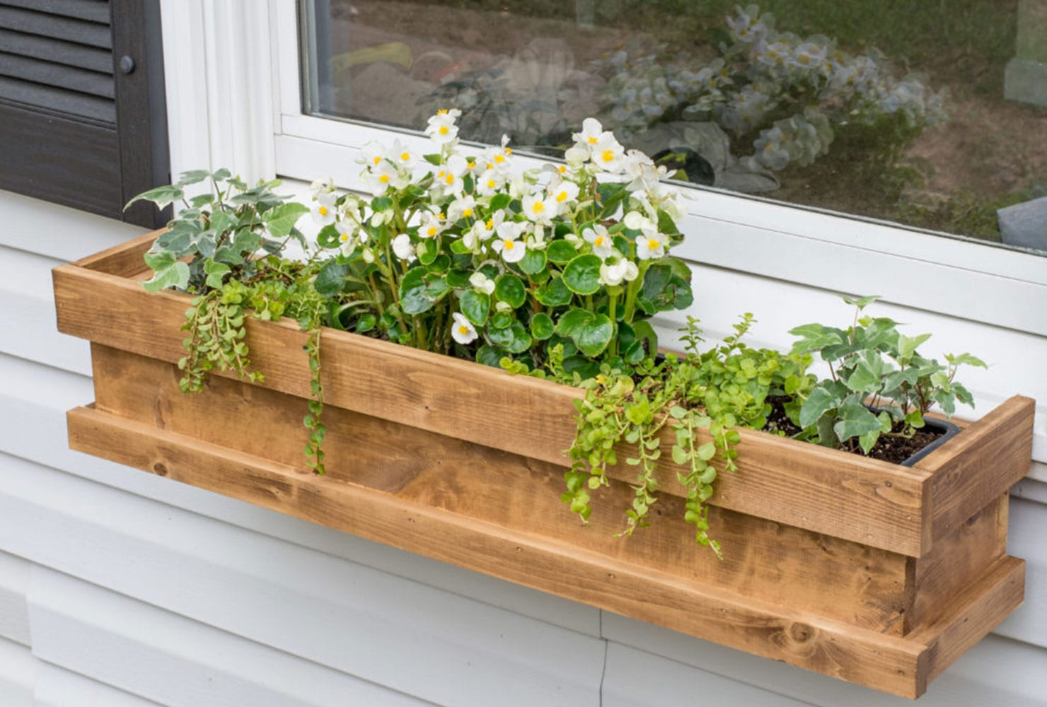 Diy Deck Flower Boxes 45 43 Diy Patio Ideas To Brighten Your Space Shutterfly