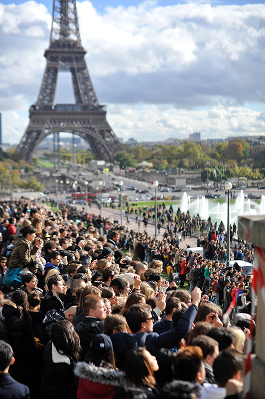 'Gangnam Style' Paris flashmob (11)