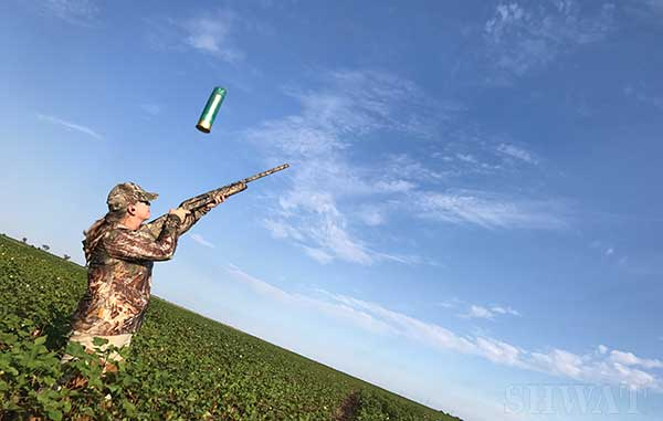 Women Dove Hunting