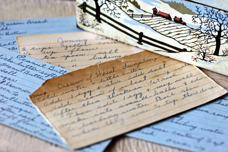 As Recipe Cards Disappear, Families Scramble to Preserve Cherished