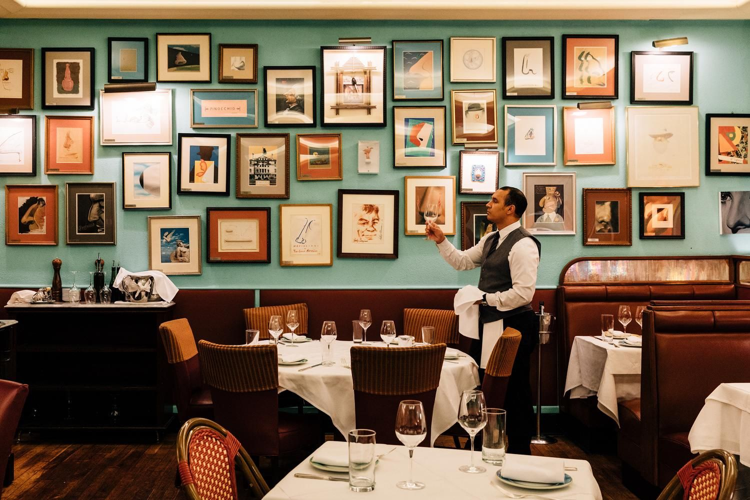 Trattoria Dell'arte Nyc Reviews Won T You Be My Neighborhood Restaurant Wsj