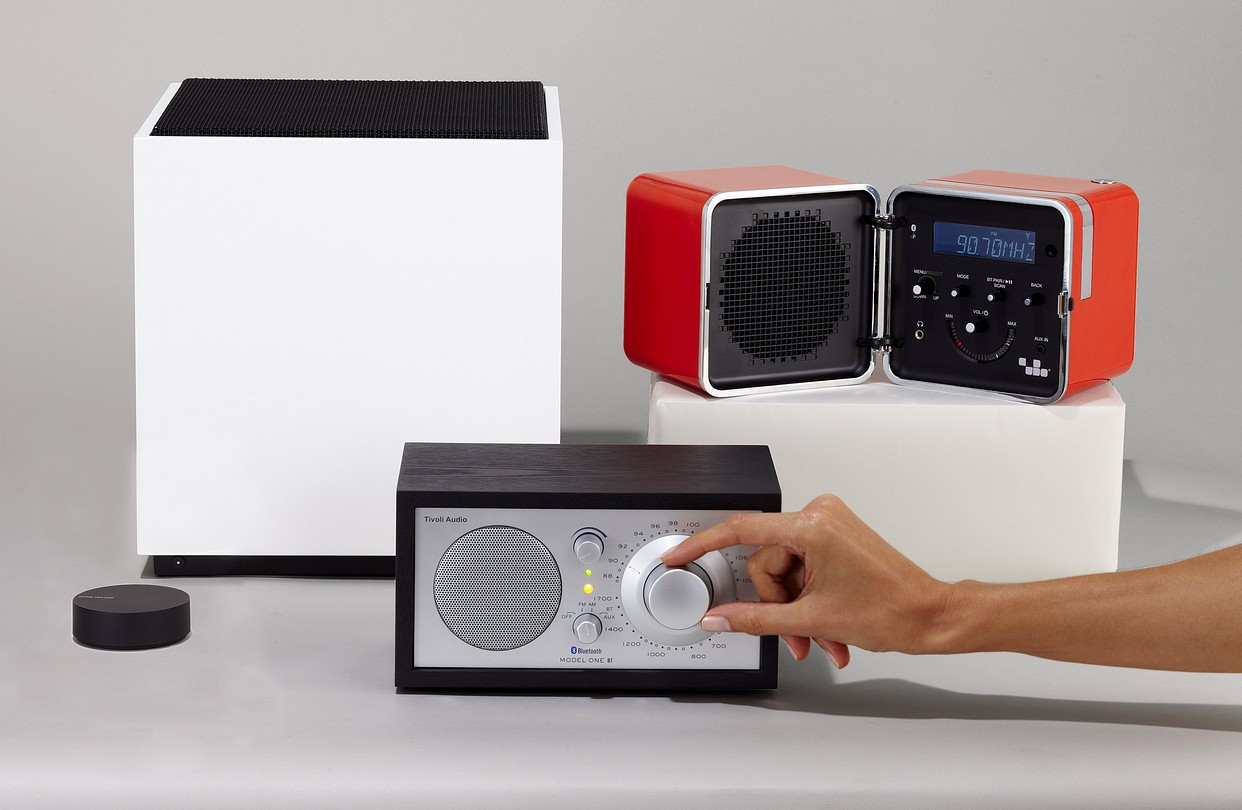Tivoli Audio Model One Alternative Bluetooth And Airplay Speakers With A Retro Tactile Appeal Wsj