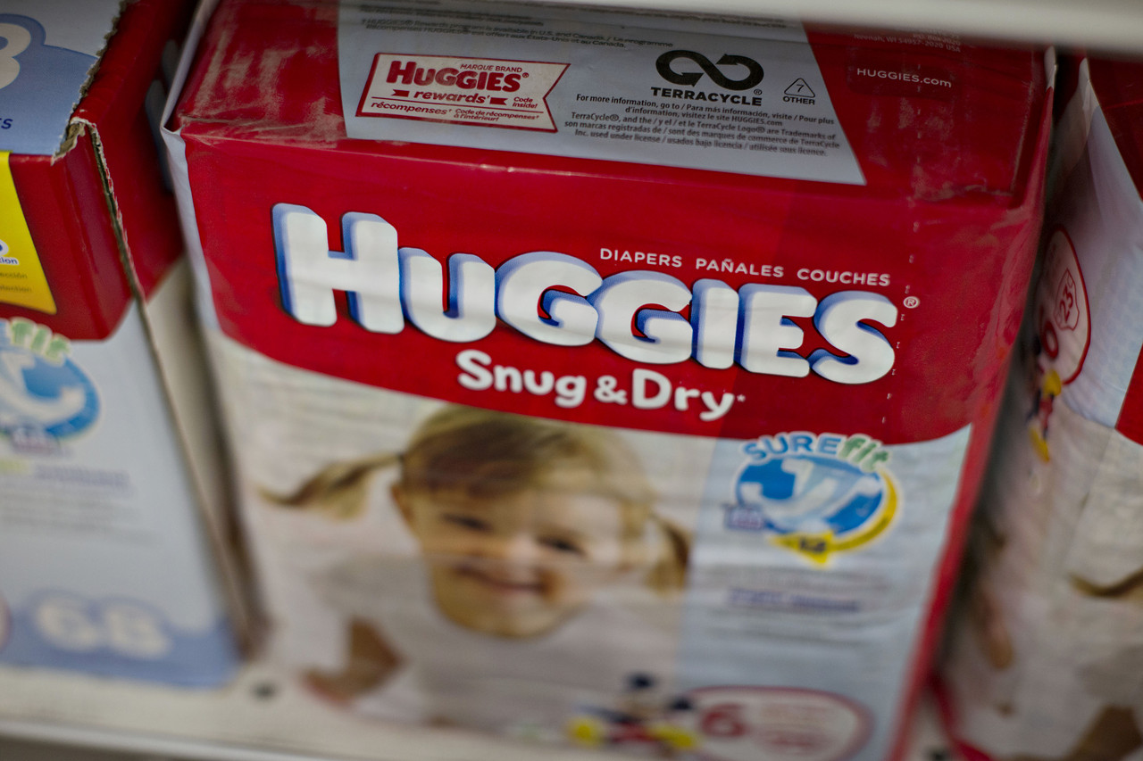 Marques De Couches Kimberly Clark Posts A Loss Gives Disappointing Outlook Wsj