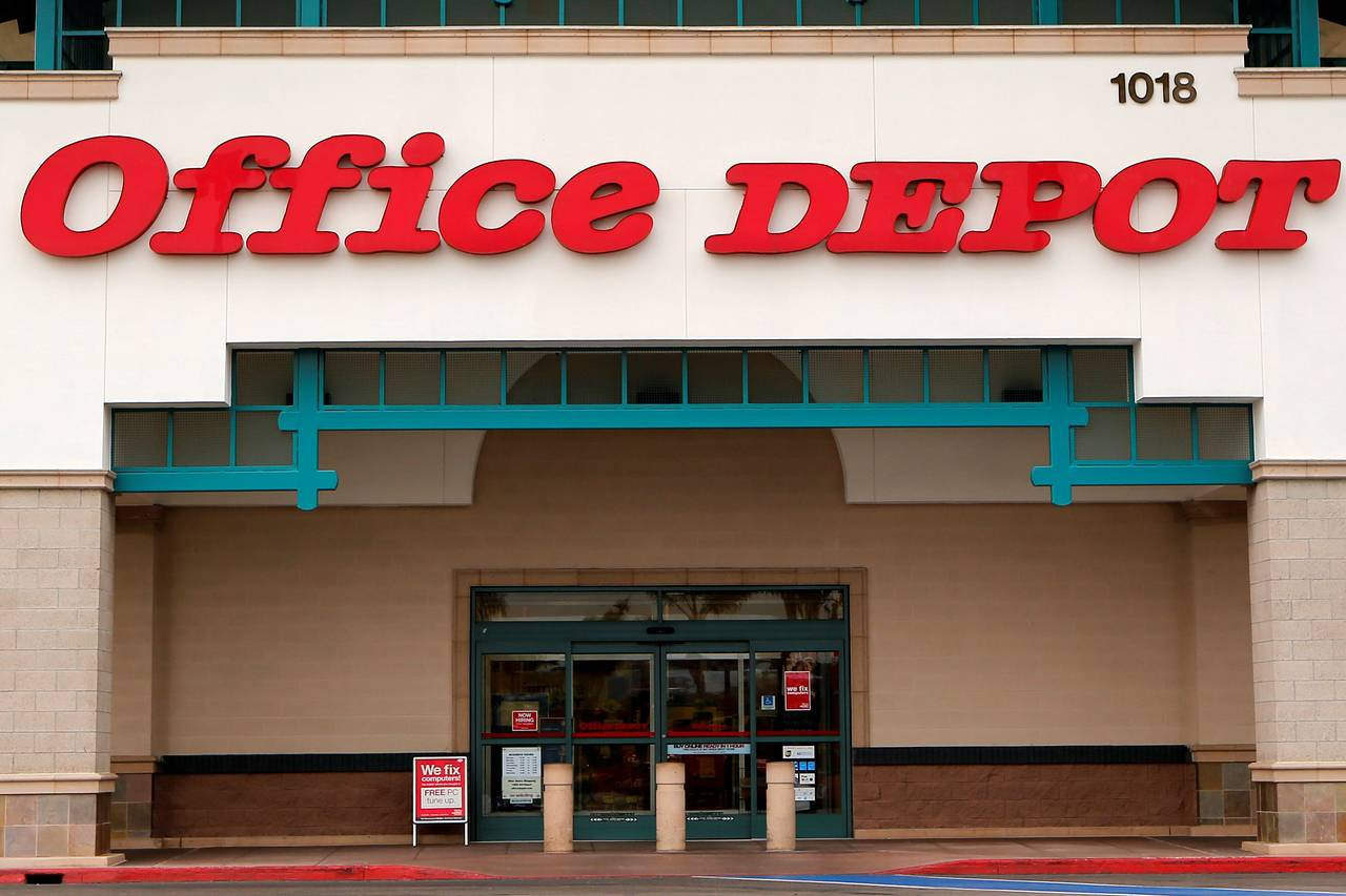 Office Stores Office Depot To Offer Fedex Services At More U S Stores Wsj