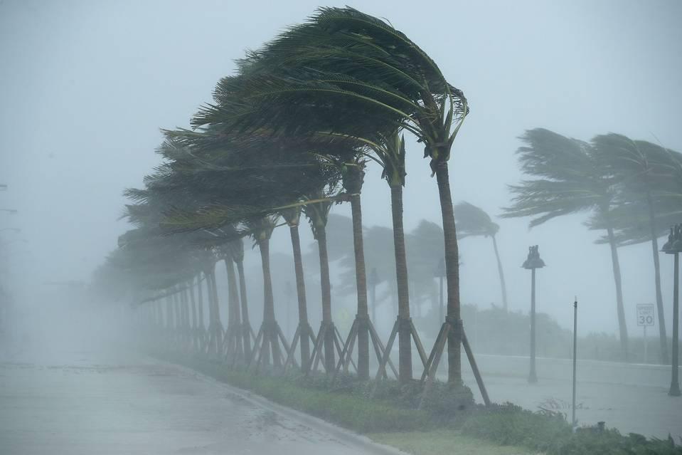 See Markets React to Hurricane Irma in 8 Charts - MoneyBeat - WSJ