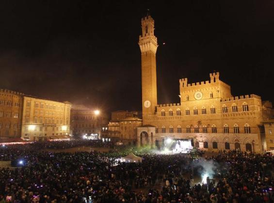 PiazzaCampo_CapodannoSiena1