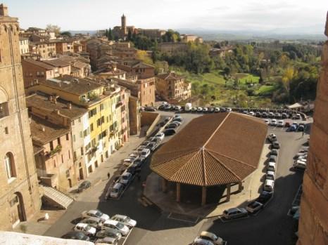 siena_piazza_del_mercato