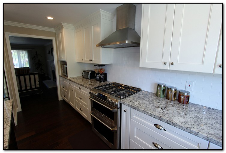 kitchen countertops backsplash creating perfect match home pick kitchen backsplash tiles modern kitchens
