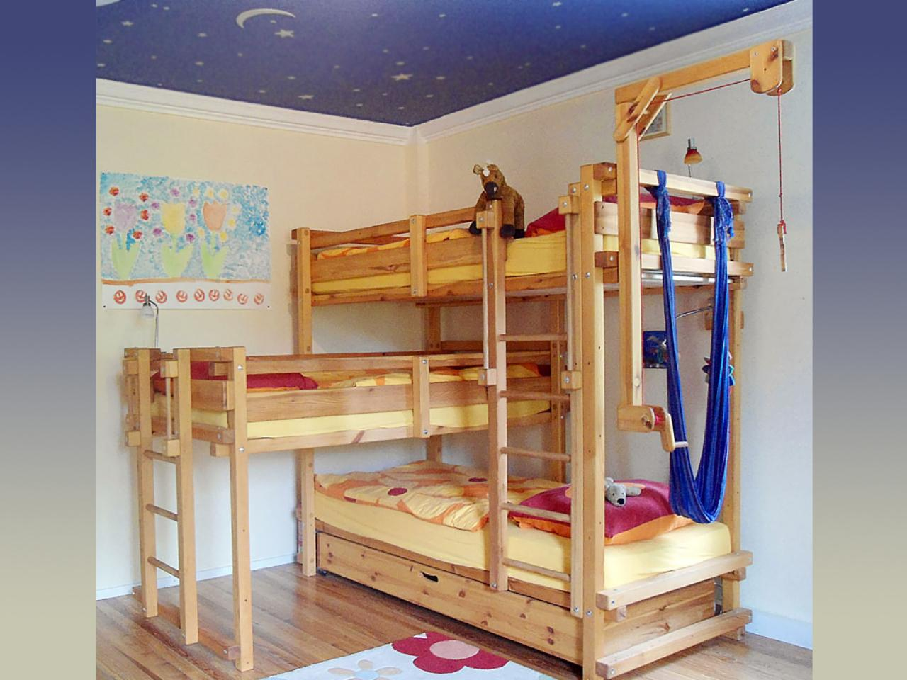 Bunk Bed Ideas For Small Rooms 5 Out Of The Box Ideas For 3 Bed Bunk Bed Home And