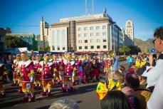 Карнавал на Тенерифе — шествие клоунов