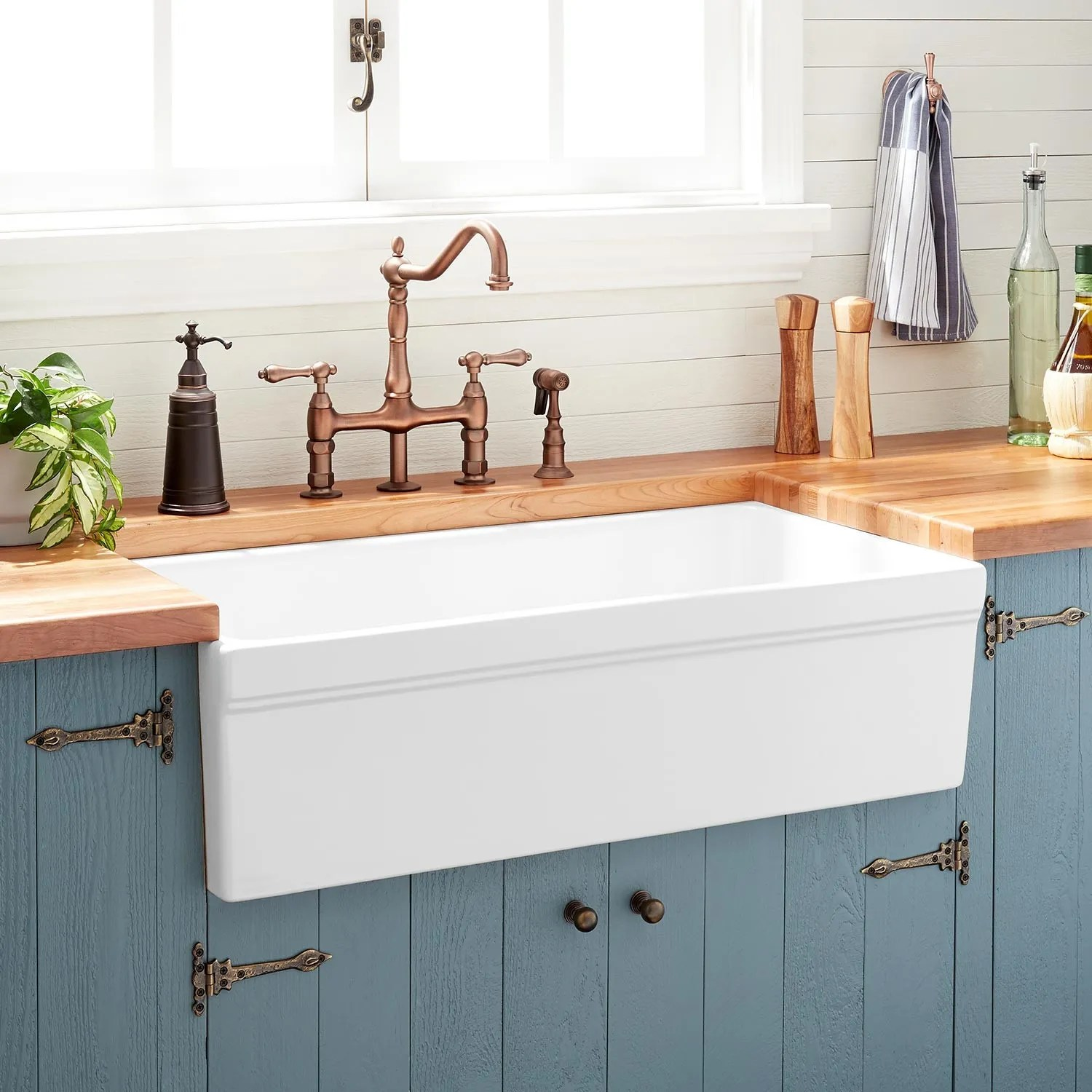 Latoscana Farmhouse Sink 36 36 Quot Gallo Fireclay Farmhouse Sink White Kitchen