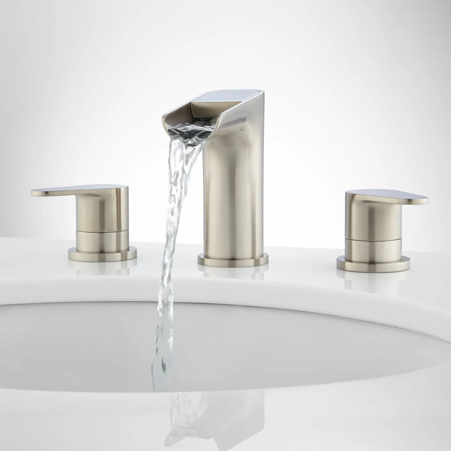 Badekar Installation Pagosa Widespread Waterfall Faucet Bathroom