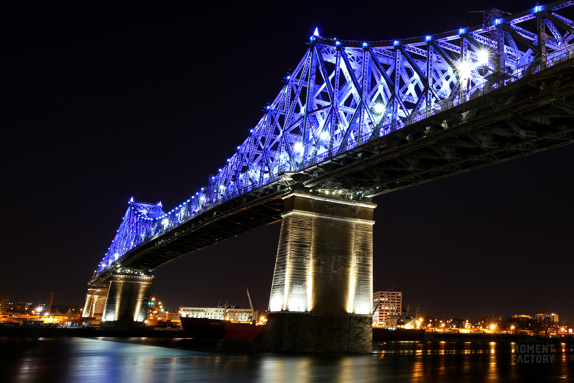 Lights Montreal Jacques Cartier Bridge Illumination Reflects The Vibrant
