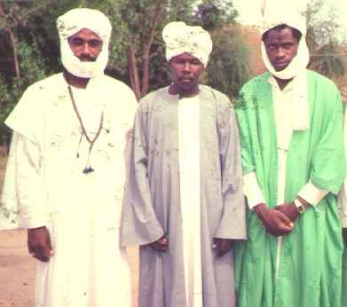 Shaykh Muhammad Shareef with Sultan Ali ibn Sultan Muhammad at-Tahir and Sidi Abd'l-Qaadir of Sokoto.