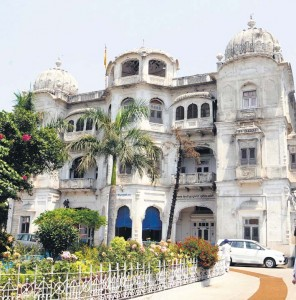 Taja-Singh-Sumandri-hall49514-amritsar-vishal30-296x300