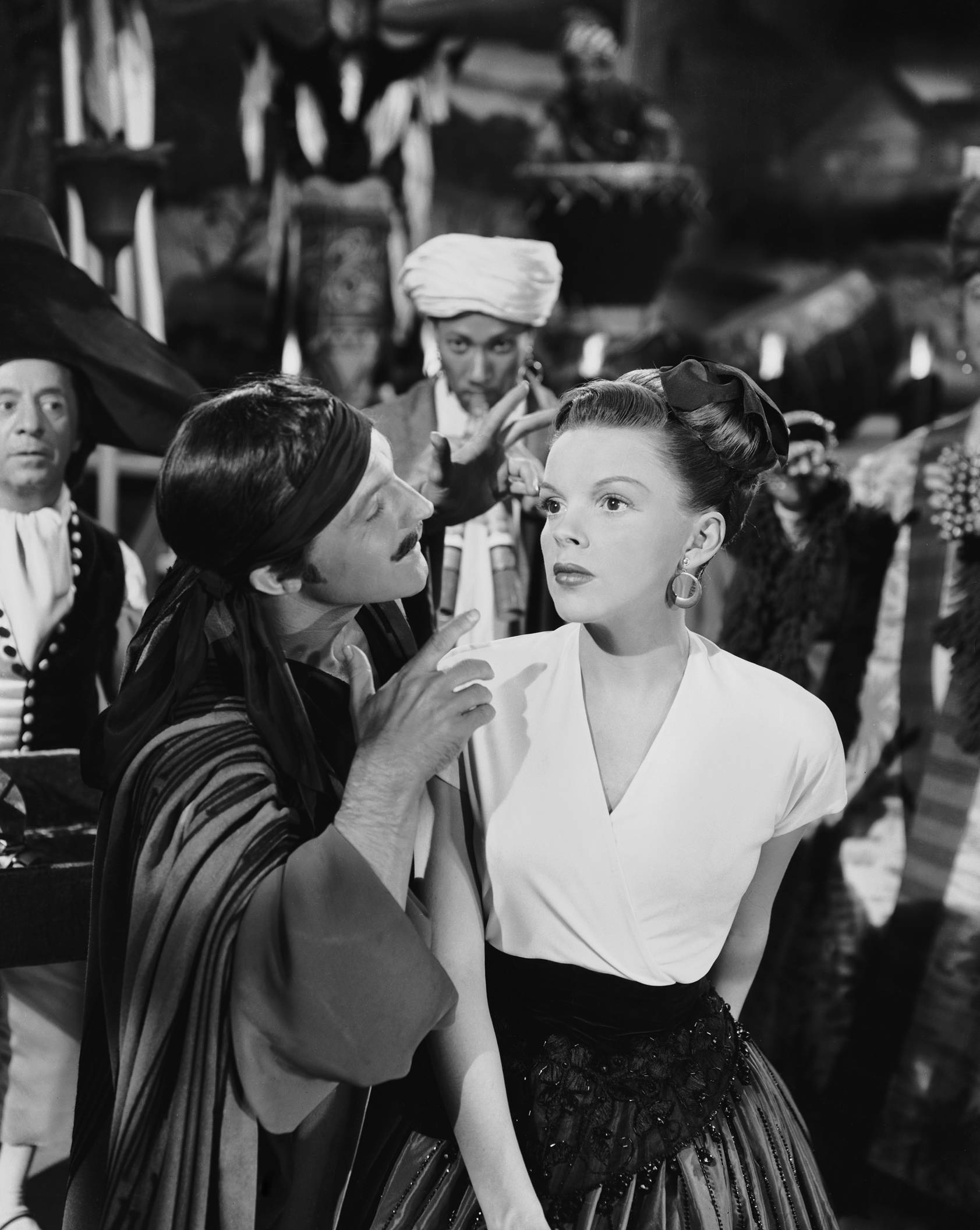 The Pirate Filme Film Friday The Pirate 1948 Silk Path Diary
