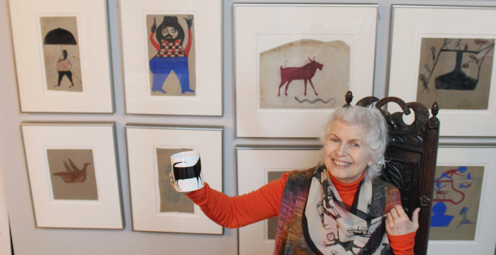 Judy Saslow with Bill Traylor collection -credit Megan McCune
