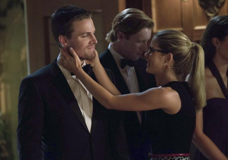 Topping Bett Romantic Moment Of The Week: Oliver And Felicity