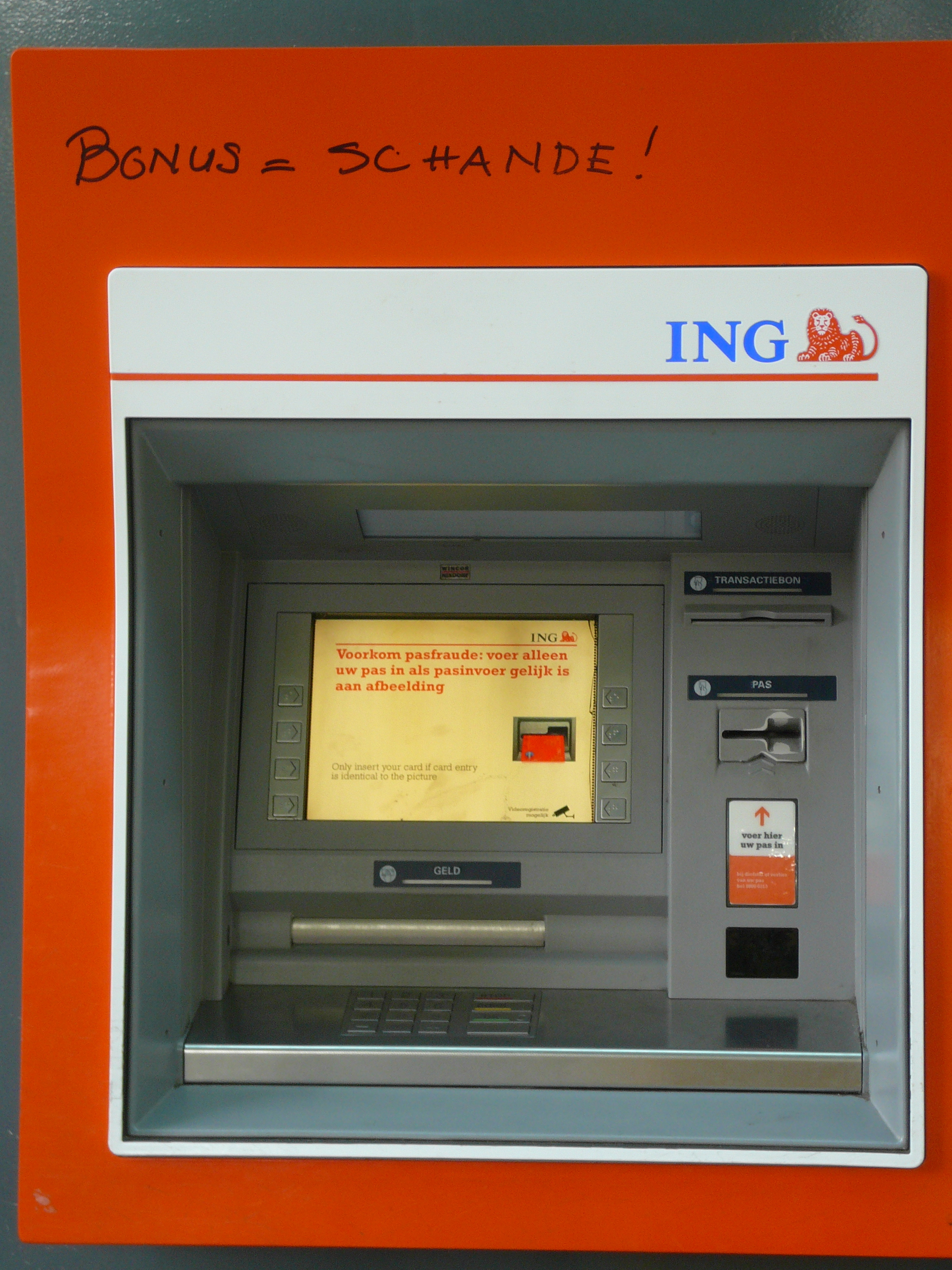 Ing Pinautomaat Dorpspomp Overvecht Blog Over Verhalende Journalistiek