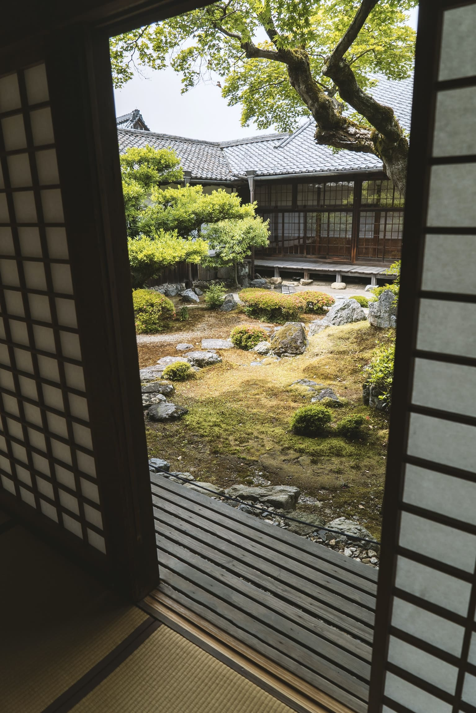 10 Japanese Garden Style Ideas For Your Backyard Simphome