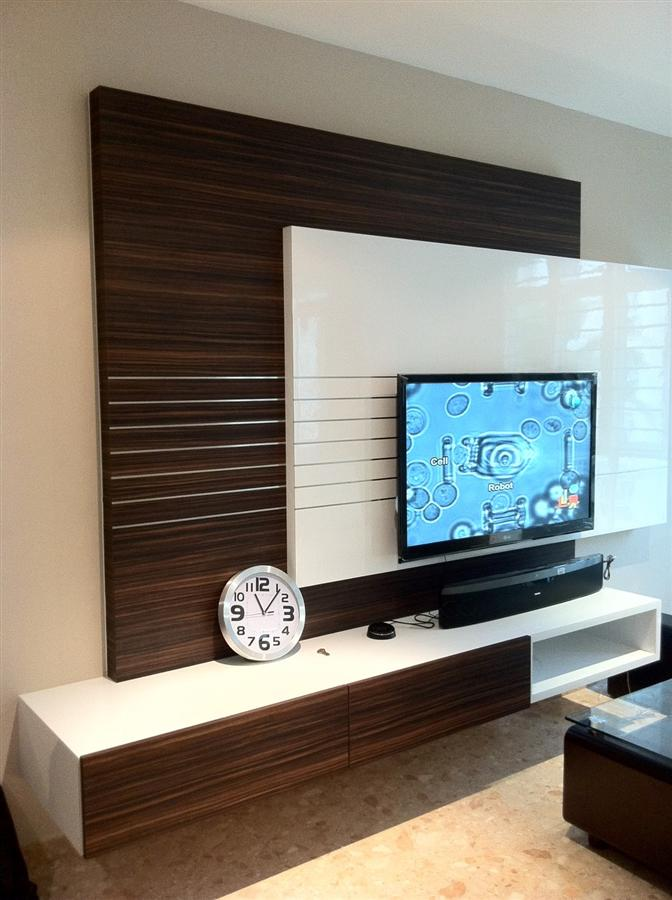 Low Table Tv Console / Tv Feature Wall | Simple Closet (s) Pte Ltd