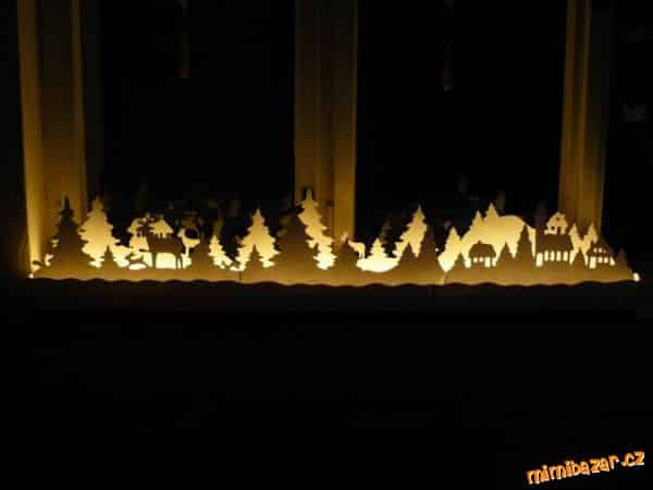 Decorate The Window Christmas Garland Simple Craft Ideas
