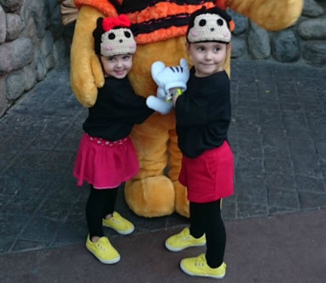 tsum tsum mickey & Minnie Mouse Halloween costumes - super simple and super CUTE!