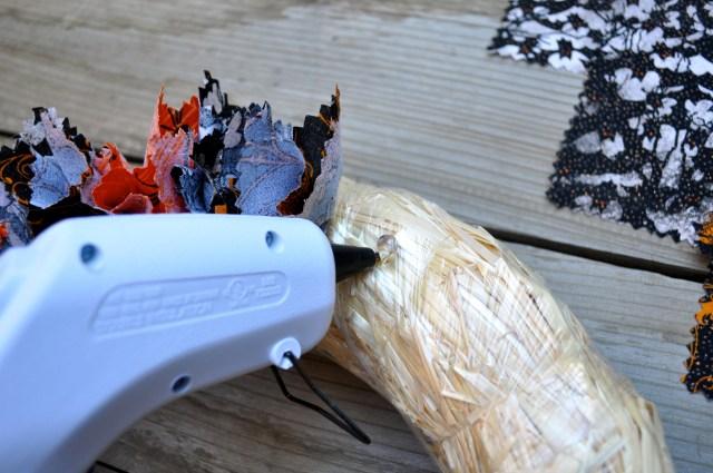 Fabric Halloween Wreath hot glue - Simple Sojourns