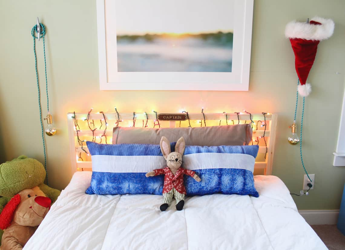 Blogger Stylin' Home Tours: A Kid Friendly Christmas 2015