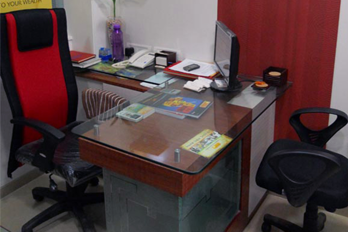 Buy Office Buy Office Table With Glass Top In Lagos Nigeria