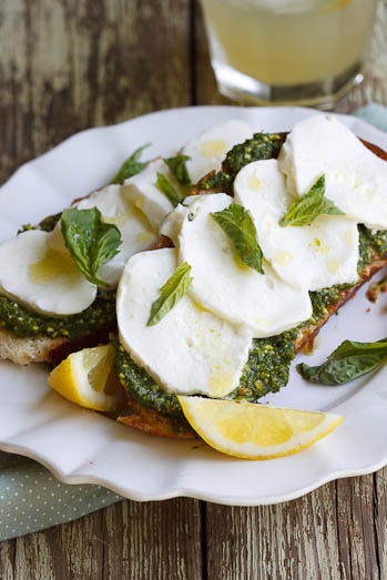 Bruschetta with Basil Pesto, Mozzarella & Lemon
