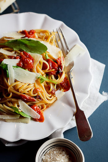 Linguine With Tapenade, Tomatoes, And Arugula Recipe ...