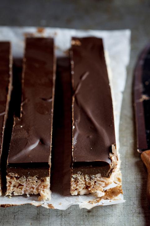 Peanut butter chocolate rice krispie bars