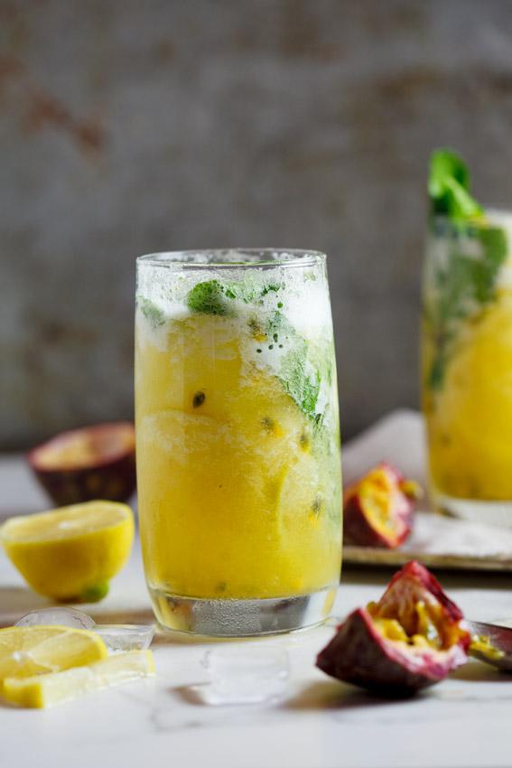 Fresh-pineapple-&-passionfruit-mojito3