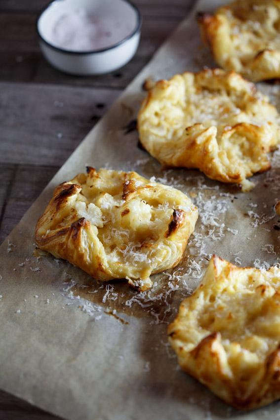 Cauliflower-cheese-pastries2